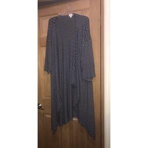LuLaRoe Shirley Sweater Material